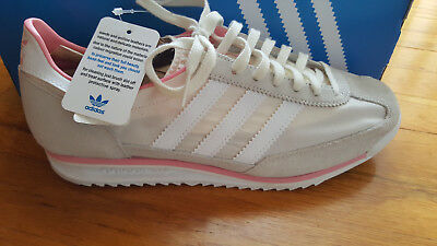 promo code 94b5a 11b0b Women s Adidas SL 72 trainers Beige and Corral Size 8.5