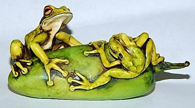 Harmony Kingdom Artst Neil Eyre Designs Frogs frog toad jalapeño pepper Le50