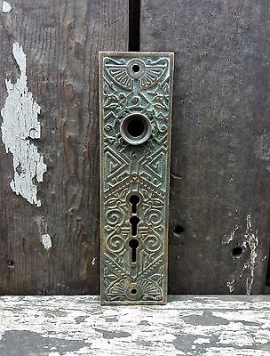 VTG Old FANCY Design UNIQUE Cast Brass Rare TRIPLE Keyhole Door Knob Backplate