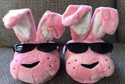 Energizer Bunny Pink Plush Slippers BRAND NEW 2016 - Size 8-10