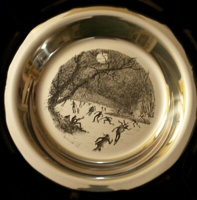 "Sterling Silver Plate ""Skating on the Brandywine"" James Wyeth. 8 inches, 186 g"