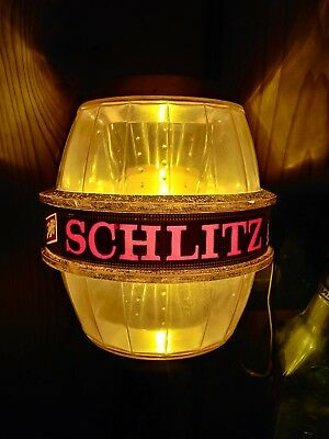 Vintage 1967 Schlitz lighted beer barrel sign in VGC!