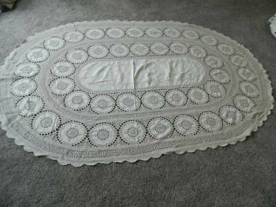 Large oval Madeira linen ivory crochet lace table cloth 67 x 103