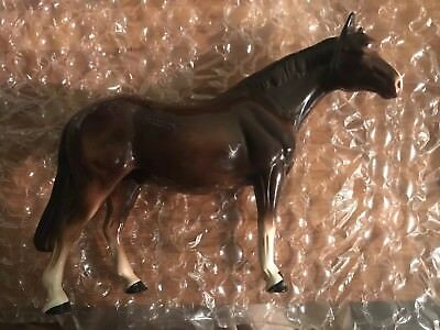 "VGC Large Melba Ware England Horse with makers mark, 8"" high 11"" long"