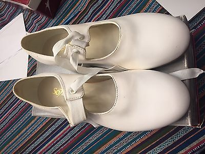 So Danca Adult Women's White Tap Shoes Character Style Tie Size 7.5