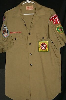 Army green boy scout of america short sleeve button up collared shirt  Lot # 19