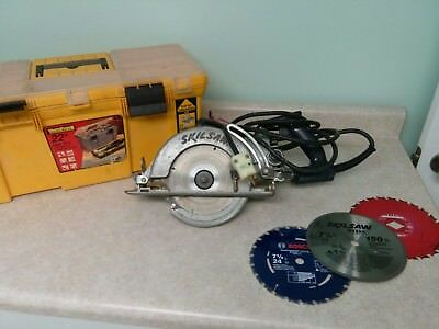 Skilsaw Skil Saw worm drive Professional Series + Carry Case + 4 Blades model 77