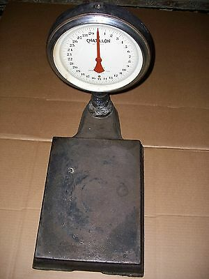 Vintage Cast Iron Chatillon Type 870 Bench Top Weighing Scale