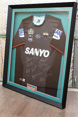 Framed Penrith Panthers NRL 2009 Team Signed Framed Jersey