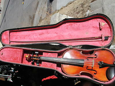 John Juzek violin, 1940's 4/4 violin with case and bow made in Germany