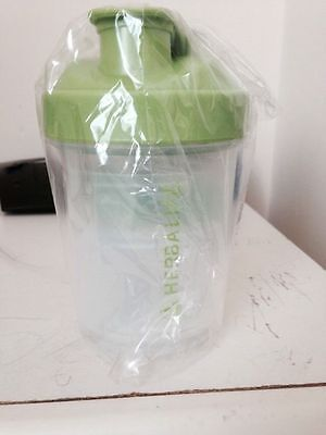 Herbalife Official Super Shaker  Green Lid  And Measuring Spoon