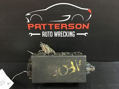 1999 FORD PICKUP F250 Engine Bay Fuse Box Relay Junction Power Box 4X4 4.6L