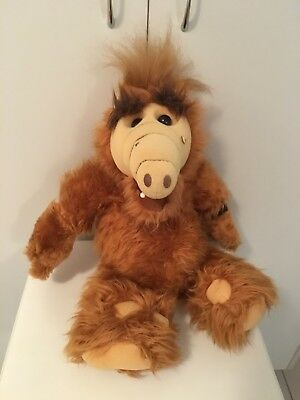 ALF the alien-- by Coleco -plush Alf-48 cm -Great Condition with watch included