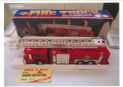 Feuerwehr US Tower Ladder Fire Truck,1/35 scale, SUNOCO Collection 1995,in Box