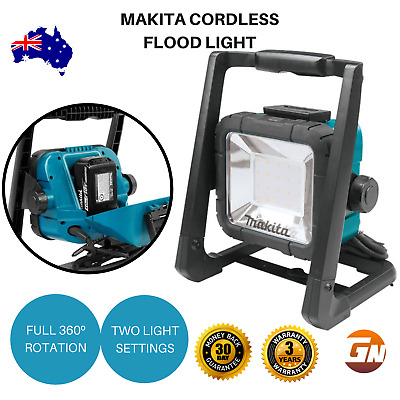 Makita DML805 240V 18V Mobile 20 LED Cordless Corded Flood Light - Skin Only