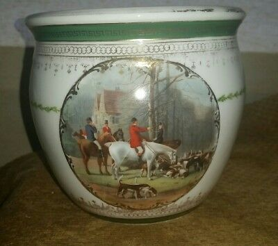 antique fox hunting horse imperial china austria porcelain? Jar base jardiniere