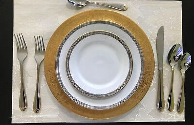 Heinrich Set of 12 Matching HC144 22kt Gold Encrusted Dinner Plates / Chargers