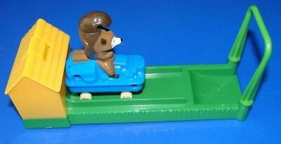 Over the hedge, swinging, push button toy