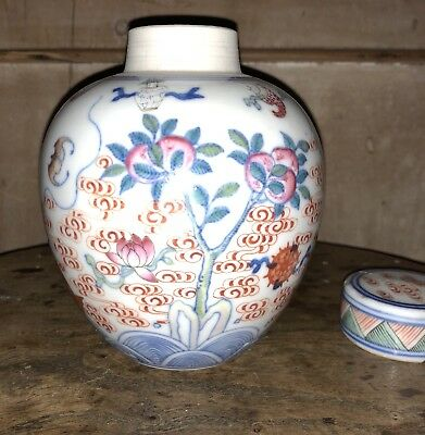 Fine & Rare Antique Chinese Doucai Stye Porcelain Jar And Cover - Chenghua Mark