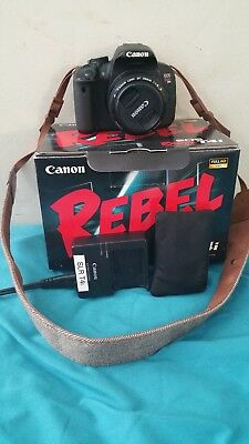 Canon EOS Rebel T4i / EOS 650D 18.0MP Digital SLR Camera - Black (50mm f/1.8)