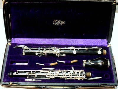 F.Loreé Paris English horn in good condition.