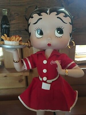 (MA1) Coca-Cola Limited Edition #559100 Betty Boop Betty's Diner Porcelain Doll