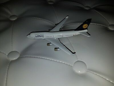 Model LH Boeing 747-400 official LH Model Type