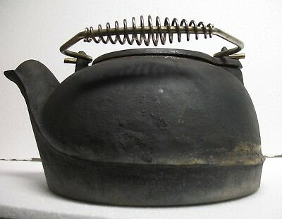 Antique Cast Iron Stove TEAPOT Kettle Large Swivel Lid Spiral Handle VTG