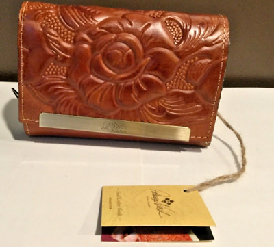 NWT Patricia Nash Italian Leather CAMETTI Wallet Burnished Tooled GOLD E10 W