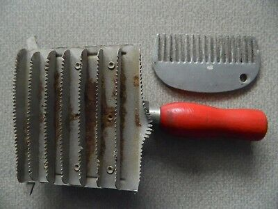 Vintage Unbranded Horse Curry Brush Plus Mane ~ Tail Comb /red Wood Handle /