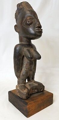 Antique African Sculpture Female Figure - Great Patina and Age
