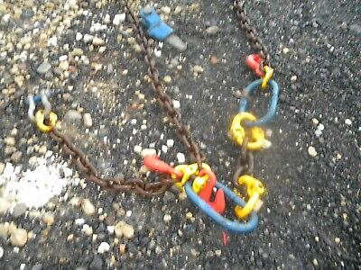 2 Lifting Pulleys and Shackle with chains