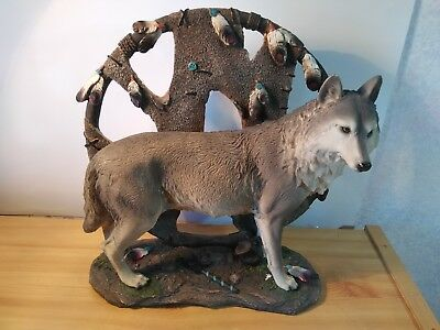 "Large Gray Wolf Dream Catcher Sculpture/Statue 12.5"" L x 12"" T x 6.5"" W Resin"