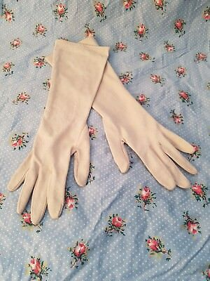 Pair of Womens Vintage Cream Formal Cocktail Evening gloves with spotted design