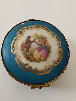 GOUDEVILLE Limoges Made in France Round Porcelain Trinket Box Courting Couple