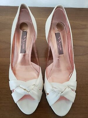 Nina Shoes (low pumps) Ivory size 7.5M perfect for wedding