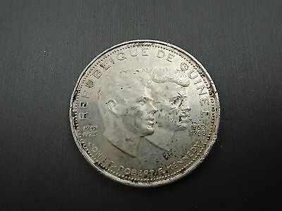 1969 Republic Of Guinea 200 Francs Heavily Cleaned Silver Coin  #k3