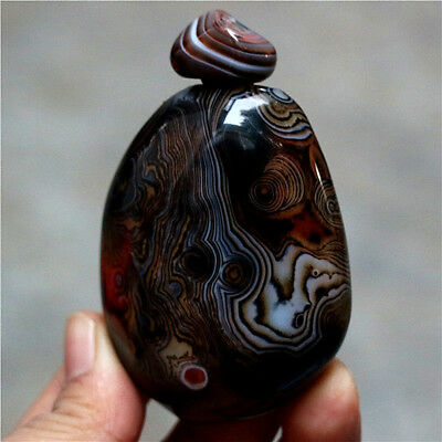Exquisite Hand-carved Natural Banded Lace Silk Agate Snuff Bottle -Madagascar
