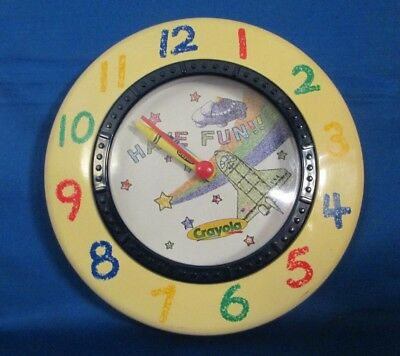 Binney&Smith Crayola USA Rocket Space UFO Star Rainbow Have Fun Wall Clock USED