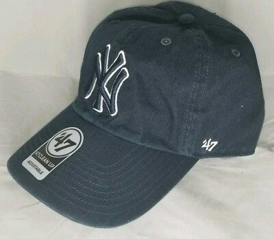 f8c5acf0d6f New York Yankees  47 MLB CLEAN UP Blue Navy Strapback Hat Dad Hat  Adjustable Cap