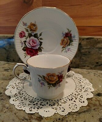 """Queen's Rosina Fine Bone China """"Centenary Year"""" Tea Cup & Saucer Made In England"""