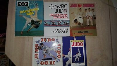 Cpcs a40 slingersignaller theory test questions answers plus 5 old judo books brian caffary neil adams brian jacks with 3 autographs etc fandeluxe Images