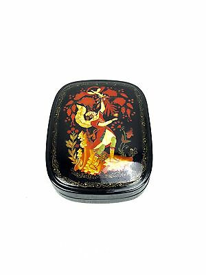 Russian Lacquer Box / Trinket Box / Lacquered Collectable Vintage