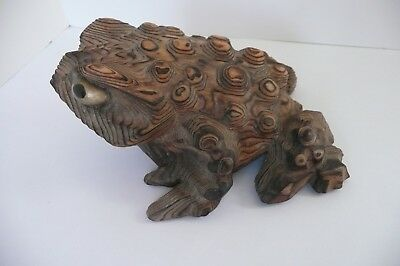 """Vintage Japan Extra Large Hand Carved Cryptomeria Wood Horny Toad 6"""" x 5"""" x 2.5"""""""