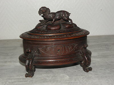 antique hand CARVED WOODEN old BOX dog RARE Wood  WONDERFUL EARLY