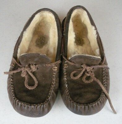 d36d898461a UGG AUSTRALIA 5612 Dakota Chocolate Brown Suede Leather Mocassin Slipper  Shoes 7