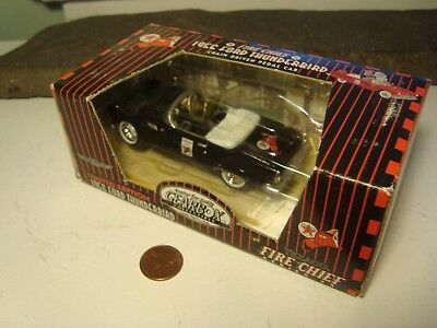 Texaco Fire Chief 1997 Gearbox Convertible Black 1957 Ford Thunderbird toy car
