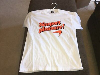 Vintage Newport Pleasure T-Shirt Large Best Fruit of the Loom White Orange 50/50