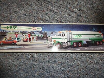 Hess Toy Tanker Truck 1990 *new* But Box Is Stained