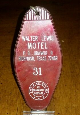 Rare Vintage Walter Lewis Motel Rm Key And Fob #31 Richmond, Texas